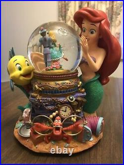 Disney Snow Globe SNOWGLOBE The Little Mermaid Ariel & Music Box Under the Sea