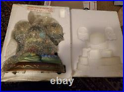Disney The Little Mermaid Musical Snowglobe RARE. Daughters of Triton, lights up